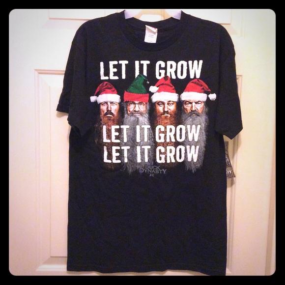 Duck Dynasty Tops - New Duck Dynasty M black Christmas theme t-shirt